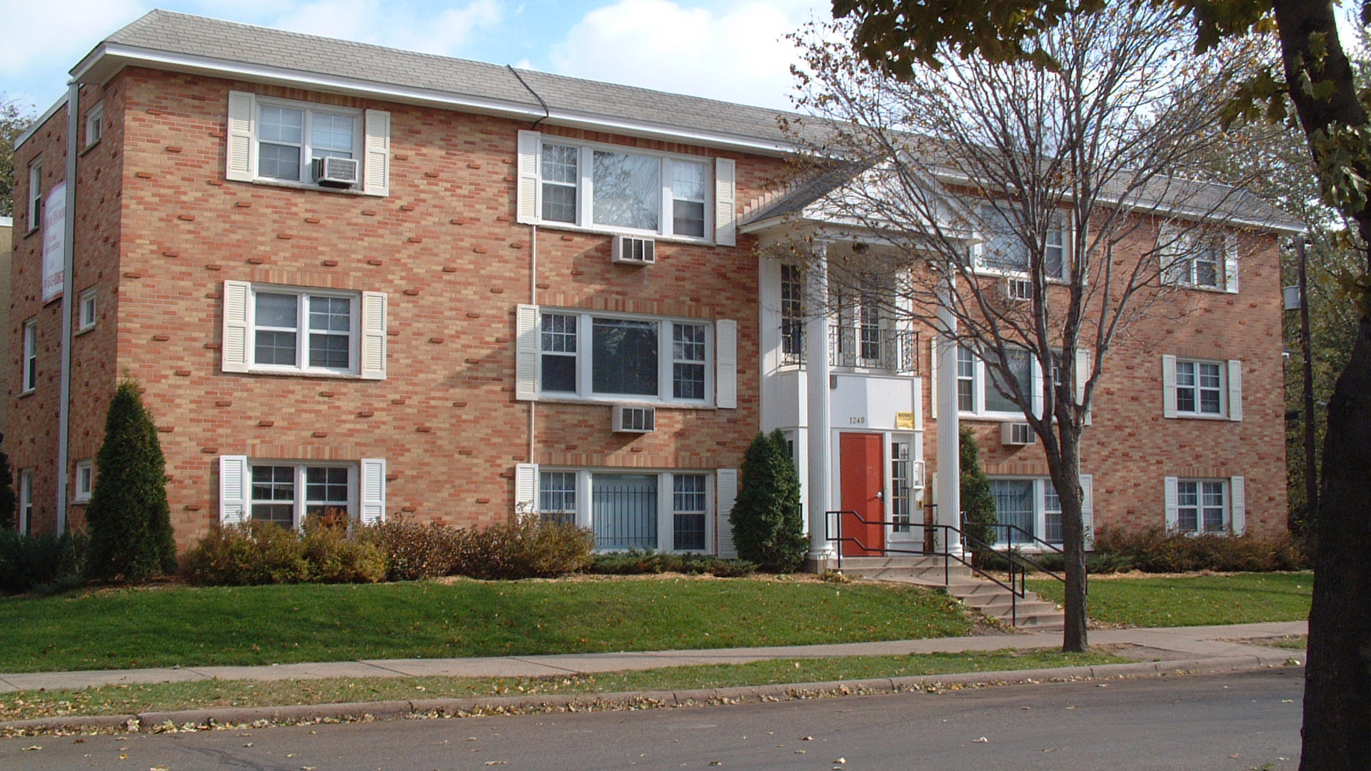 The Homewood Apartments